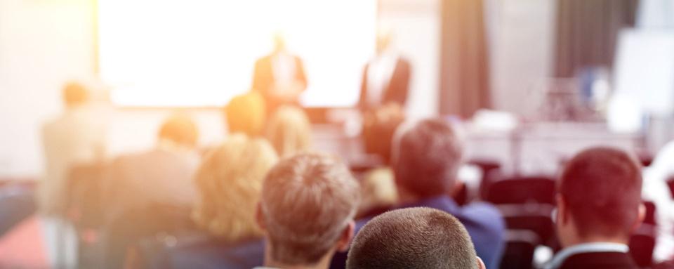 Anmeldung zu den Seminaren Praxiswissen Haushalt und Vergabe