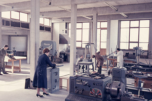 Die Metallwerkstatt der Hochschule für Gestaltung Ulm, 1958. (Foto: HfG-Archiv / Museum Ulm)