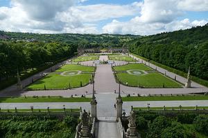 Der Barockgarten der Weikersheimer Schlossanlage (Foto: SSG, Sonja Wünsch)