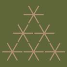 Weihnachtsbaum aus goldenen Sternen auf grünem Hintergrund
