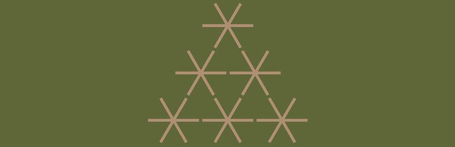 Sterne auf grünem Hintergrund als Baum formiert