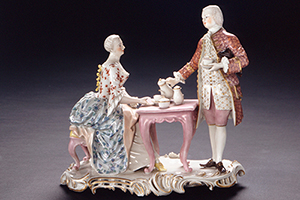 Höfisches Paar beim Kaffeetrinken (um 1760), Frankenthaler Porzellanskulptur in Schloss Mannheim
