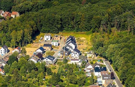 Beim Verkauf von Grundstücken haben Gemeinden ein Vorkaufsrecht. Kommunen setzen dies gezielt für langfristige Planungen ein. Foto: dpa