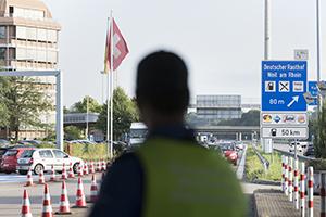 Viele deutsche Betriebe erhalten Aufträge in der Schweiz. Foto: dpa/Keystone