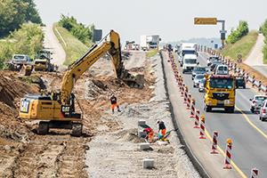 Den Streit um einen Auftrag für Straßenbauarbeiten hat der Bundesgerichtshof zum Anlass genommen, einige grundlegende Dinge zum Verständnis der VOB/A zu formulieren. Foto: dpa