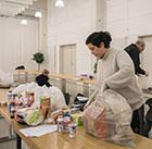 Wie hier in Bielefeld organisieren Ehrenamtliche auch in Tübingen Hilfe für Betroffene.